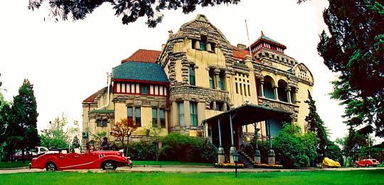首页 旅游问答 >青岛旅游必去景点  德国总督府旧址(迎宾馆) &